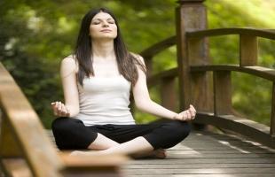 فوائد اليوجا على الصحة الجسدية والعقلية