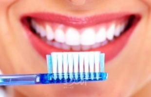 بقع الأسنان البيضاء.. أسبابها وكيفية التخلص منها