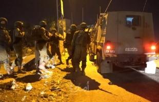 """إصابات خلال اقتحام """"قلنديا"""" وقوات الاحتلال تشن حملة اعتقالات في الضفة والقدس"""