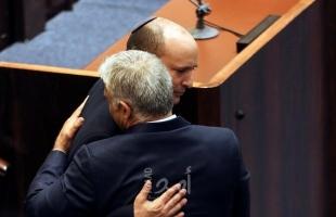 """نتنياهو: استبدال حكومة بينيت """"مهمة وطنية"""".. ولابيد: الخراب في المؤسسات لا يوصف"""