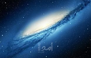 علماء يكتشفون 6 مجرات في الفضاء - فيديو