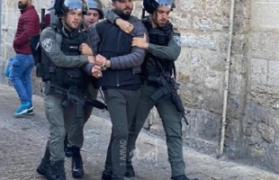 جيش الاحتلال يعتقل 5 مواطنين من منطقة باب العامود بالقدس