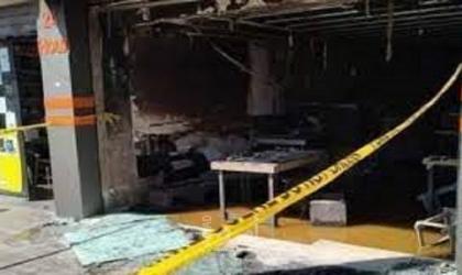 الأردن: مصرع 3 أشخاص جراء حريق بمطعم في عمان