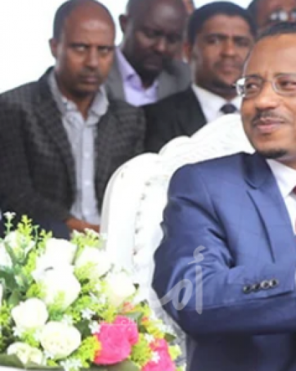 آبي أحمد ينقلب على حلفائه.. إقالة وزير الدفاع الإثيوبي و9 مسئولين بارزين