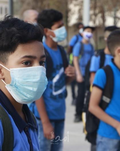البريج: أهالي يغلقون مدرسة احتجاجاً على رفض الوكالة استيعاب أبنائهم في مدارسها